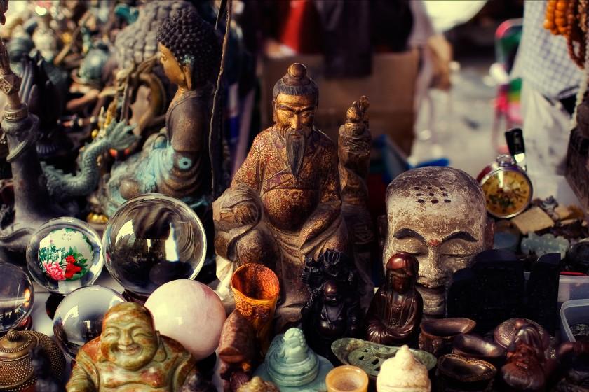 Buddhas on table |Spiritual apologetics